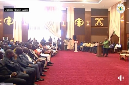 President answers a question and journalists are clapping, who does this? - Yayra Koku mocks