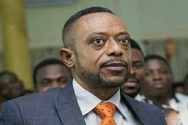 You're a very stupid man - Ghanaians bath Owusu Bempah with insults in fresh Facebook attack