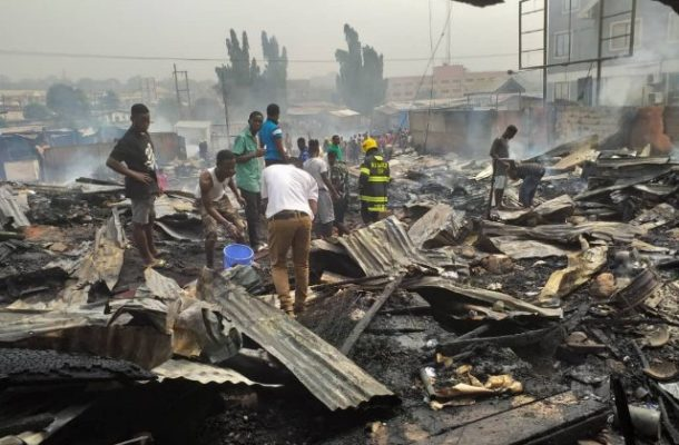 PHOTOS: over 40 kiosks and cars burnt to ashes at Achimota