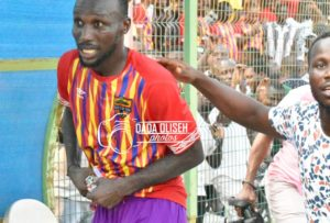 PHOTOS: Hearts of Oak supporters shower Emmanuel Nettey with cash after MOTM performance vs Liberty