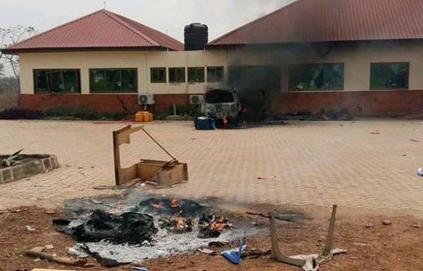 Ho: Irate youth set vehicle ablaze, vandalize property of Assembly