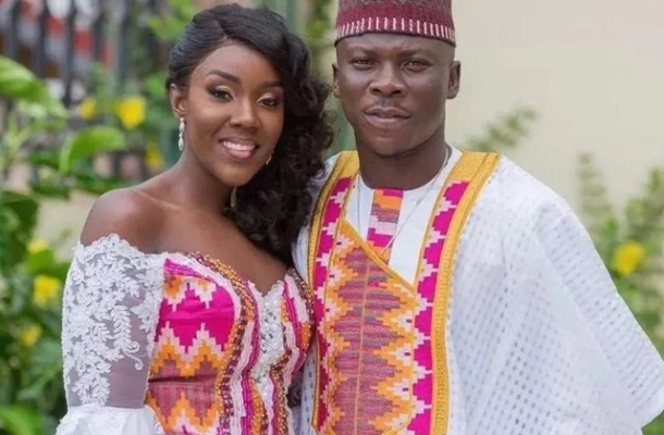 VIDEO: 'I'll lash you if you play chaskele with my heart' - Stonebwoy tells his wife on Val's Day
