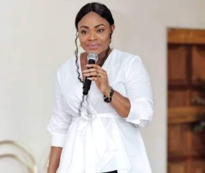 VIDEO: Men who maltreat women live under turbulent curses - Lady Preacher