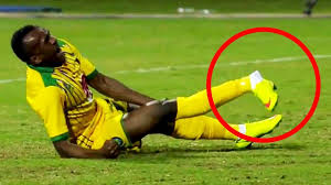 Need more years as a footballer, read these tips to eliminate injury