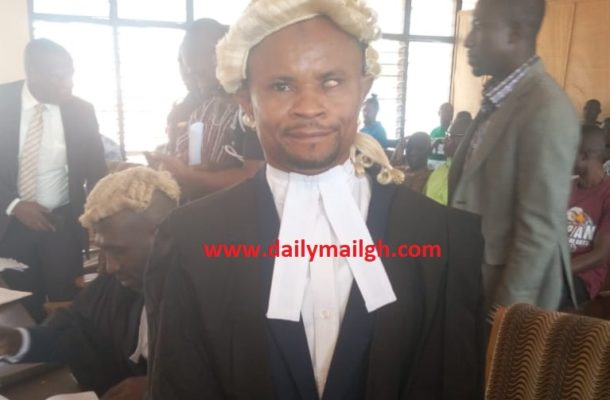 Drama in Techiman Circuit Court after Judge causes arrest of fake lawyer