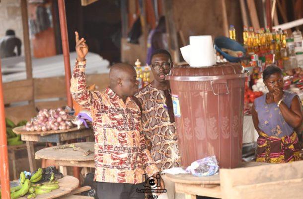 COVID-19: Simon Tetteh shares veronica buckets to market centers in Krobo