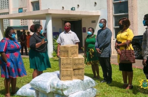 Government donates PPEs to the Media