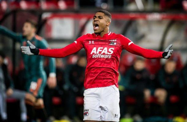 Manchester United Show Interest in Dutch Striker Myron Boadu