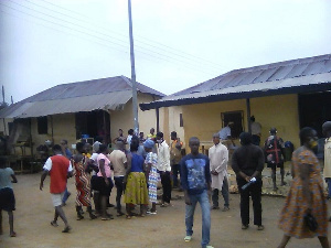Voters register: Frustration at Oda as biometric machine breaks down
