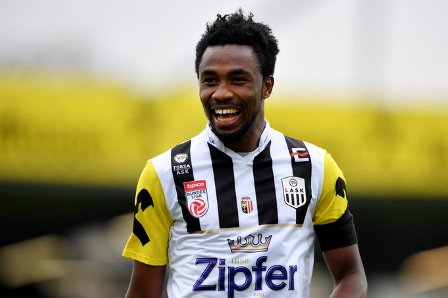 Samuel Tetteh awaits bigger offers as he  goes free from Red Bull Salzburg