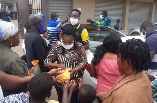 E/R: Dep. NPP Women's Organizer supports COVID-19 fight