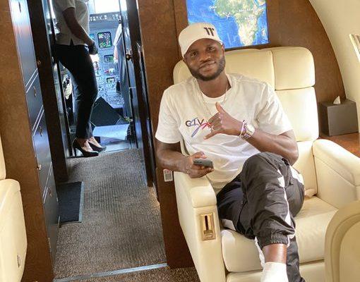 Mubarak Wakaso finally jets out of Ghana for China