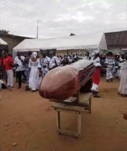 VIDEO: Deceased buried in penis shaped coffin creates a stare