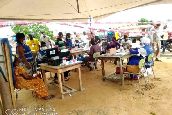 Voters register: Two NDC members arrested for challenging 'non-resident' at Drobonso
