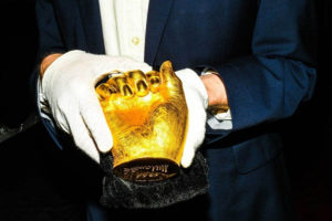 The strange tale of Nelson Mandela's gold-cast hands