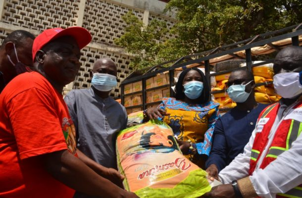 VRA Donates food items to The flood victims in the Upper East Region