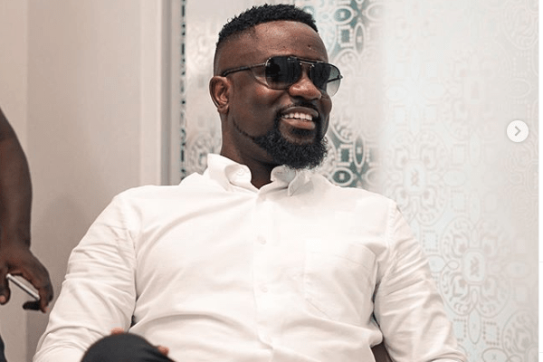 Sarkodie throws support behind #FixTheCountry campaign