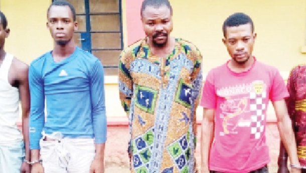 Police arrest five persons for the murder and dismembering of two people