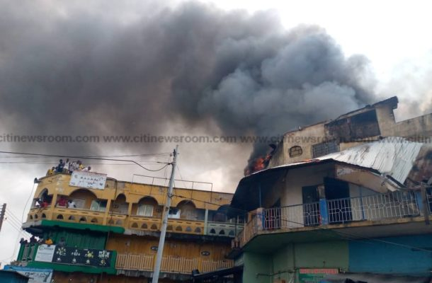 A/R: Fire destroys several shops at Aboabo station