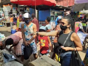 PHOTOS: Fabio Gama goes shopping with his family in Kumasi