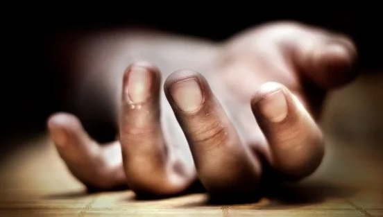 Man shoots himself dead after being denied 'apio'