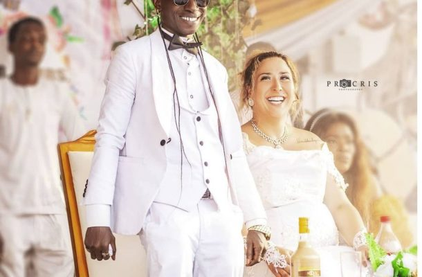 VIDEO: Patapaa and newly wedded wife escape unhurt in accident