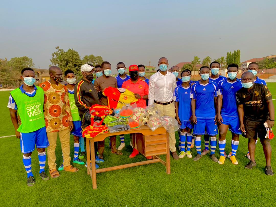Cheetah FC president presents football equipment to GIHOC Football Club