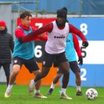 Edwin Gyasi returns from injury trains with Boluspor teammates