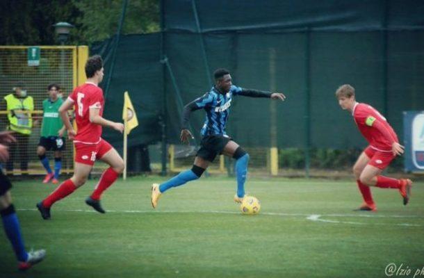 Enoch Owusu scores for Inter Milan in U-17 Milan derby