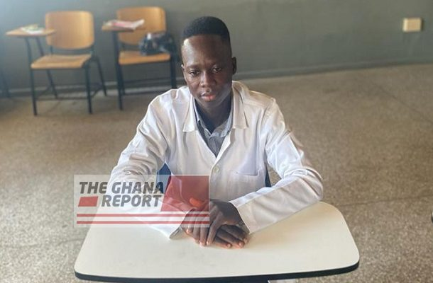 'Homeless' security guard breaks all odds to study Medicine in college