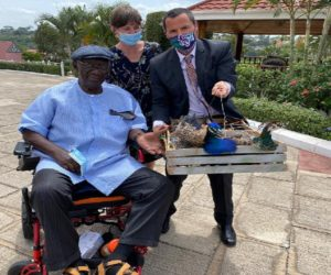 Kufuor gifts two peacocks to new friend Gregory Andrews