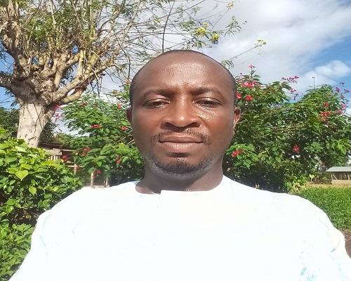 Techiman: Headmaster hangs himself on mango tree
