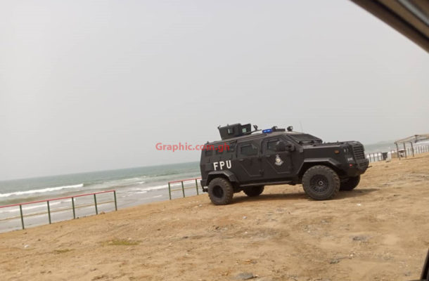 Accra: Police enforce COVID-19 restrictions at Titanic beach