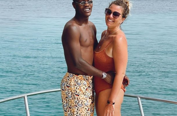 PHOTOS: Black Stars winger Emmanuel Gyasi cools off at the beach with pretty Italian girlfriend