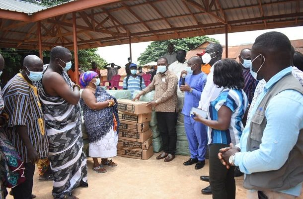 Abetifi: Bryan Acheampong donates farm inputs to over 6,000 farmers