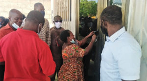 Aggrieved teachers lock up Navrongo GNAT office, kick against 4%, 7% salary increment