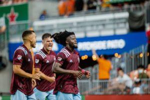 VIDEO: Lalas Abubakar scores for Colarado Rapids in win over Houston Dynamos