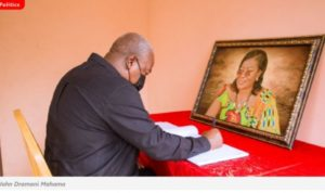 Ex-Prez Mahama signs Book of Condolence for Benyiwa-Doe