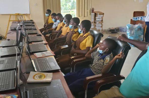 Training Underway for 1000 girls in the Western North Region