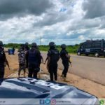 Policekill 2 robbers and arrest 65-year-old weapon supplier
