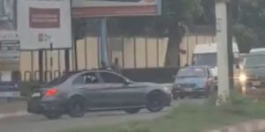 VIDEO: Driver of reckless Benz driver arrested by police