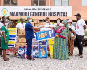 PHOTOS: Majeed Ashimeru pays hospital bills, donates to Mamobi Polyclinic on his birthday