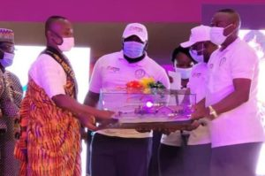 2021 best teacher receives three-bedroom house worth GHC250,000